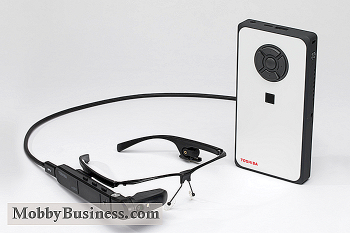 Toshibas dynaEdge AR-Brille gegen Google Glass Enterprise